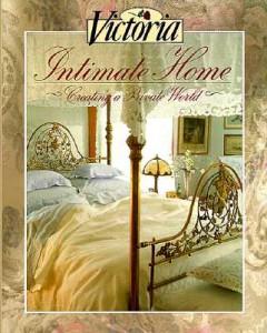 Victoria-Intimate-Home-9780688097394