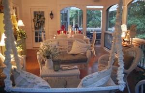 vinatge porch 4